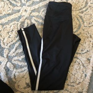 Victoria's Secret Sport Knockout tight Size Small